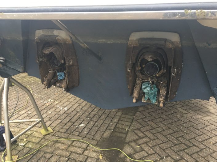 Onderhoud Volvo Penta DP staart